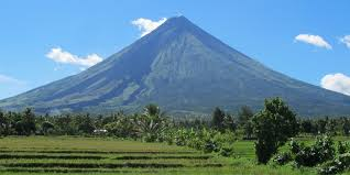 Mayon by DiscoverPhilippines.com