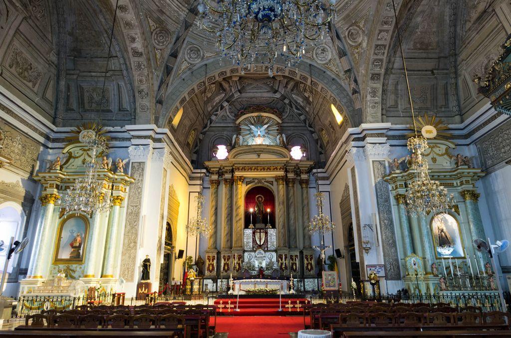 San Agustin Church Altar by Flickr