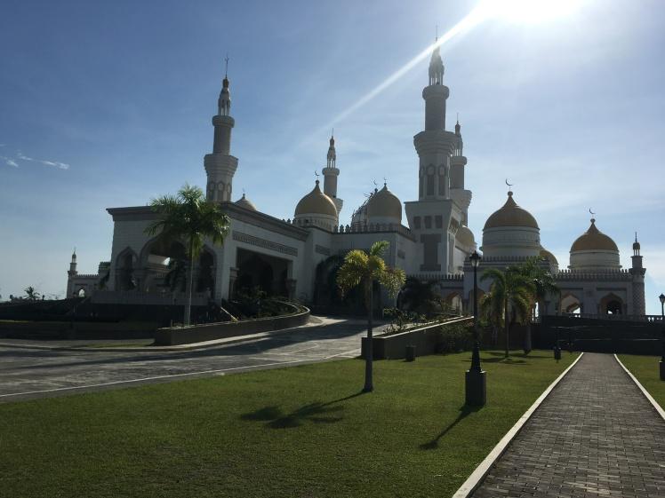 Sultan_Hajji_Hassanal_Bolkhia_Mosque_1
